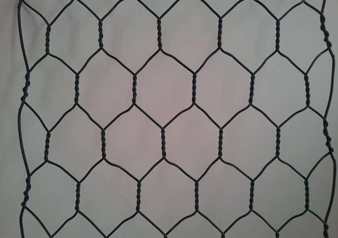 五拧包塑石笼网